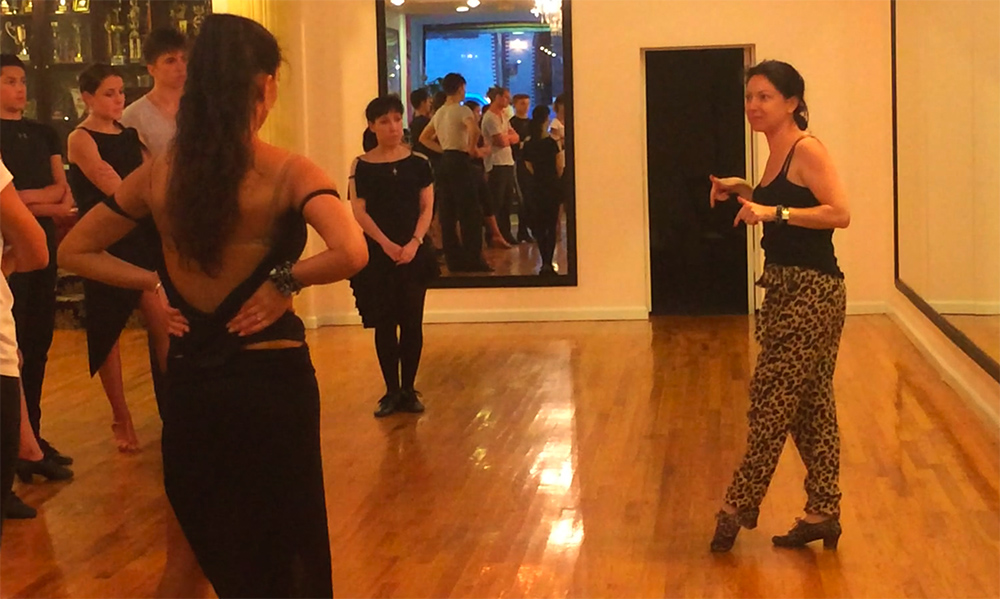 Maria Manusova teaches 2014 adult seminar